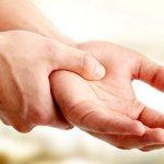 Как справиться с онемением правой руки.
