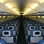 Почему обязательно нужно включать кондиционер в самолете?
