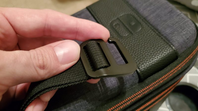 Pull n go Switch case review, close up