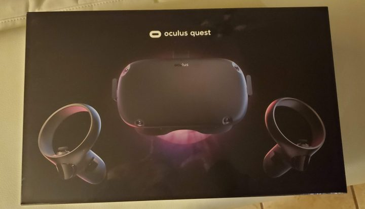 Is Oculus Quest any fun? Headset packaging