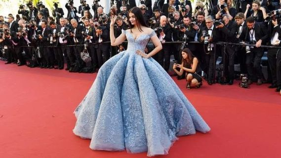 Former Miss World And Bollywood Star, Aishwarya Rai Looked Absolutely Stunning At Cannes Film Festival