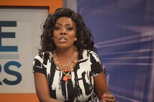 VIRAL Video: Nana Aba Anamoah Turns A trotro Driver's Mate