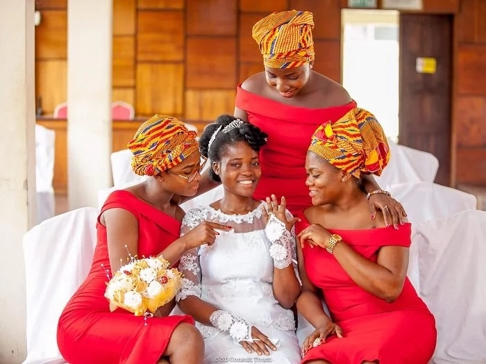 Ghanaian Bride Gives Us A 'Makeup Free' Goals And We LOVE it!