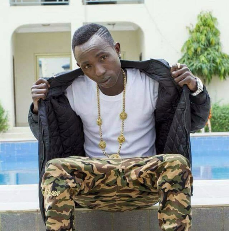 Patapaa Gets Confused On Stage, Forgets His Own Lyrics Whilst Performing (+ Video)
