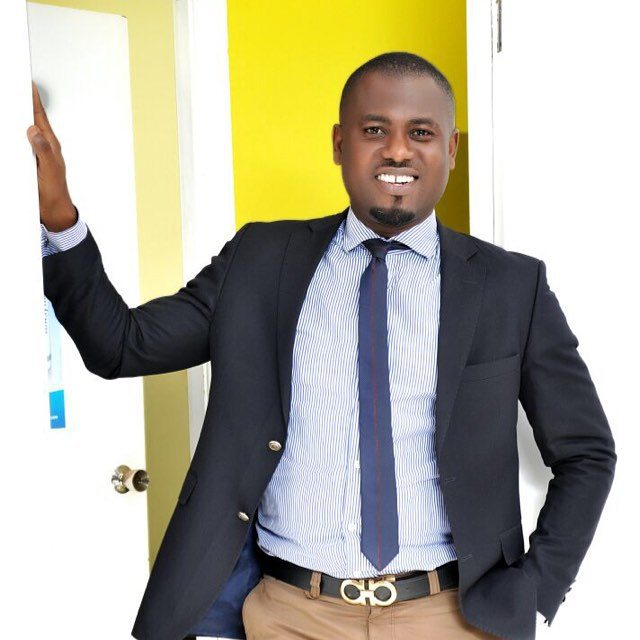Viral VIDEO: Slay Queen Gives Abeiku Santana The Treatment Of His Life…Watch Video And See For Yourself