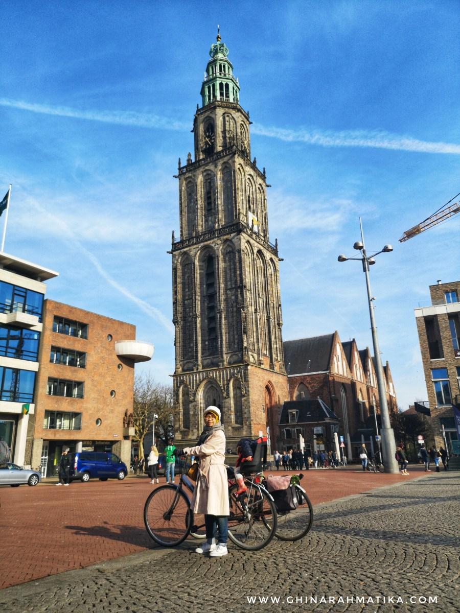 Bersepeda membawa anak di Groningen