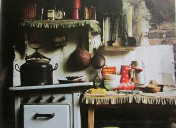 Installation, Vue d'atelier, Paris, 1979, 200 x 150 x 100 cm