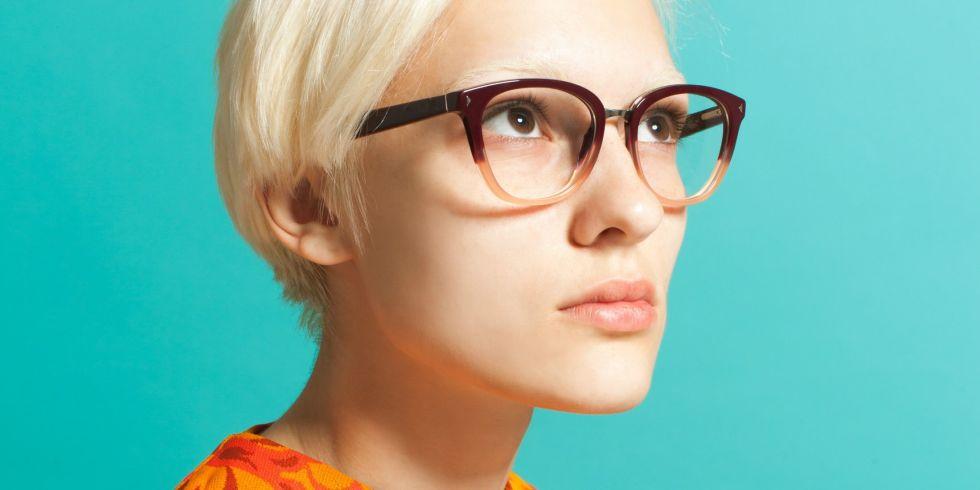 Αποτέλεσμα εικόνας για woman with glasses