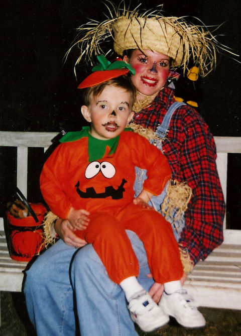 Pumpkin sweatsremain a no-brainer for kiddie costumes: They're cute, classicand easy to run around in. Plus, you can get creative with your parent costume. This Mama scarecrow even has a teensycrow on her shoulder.