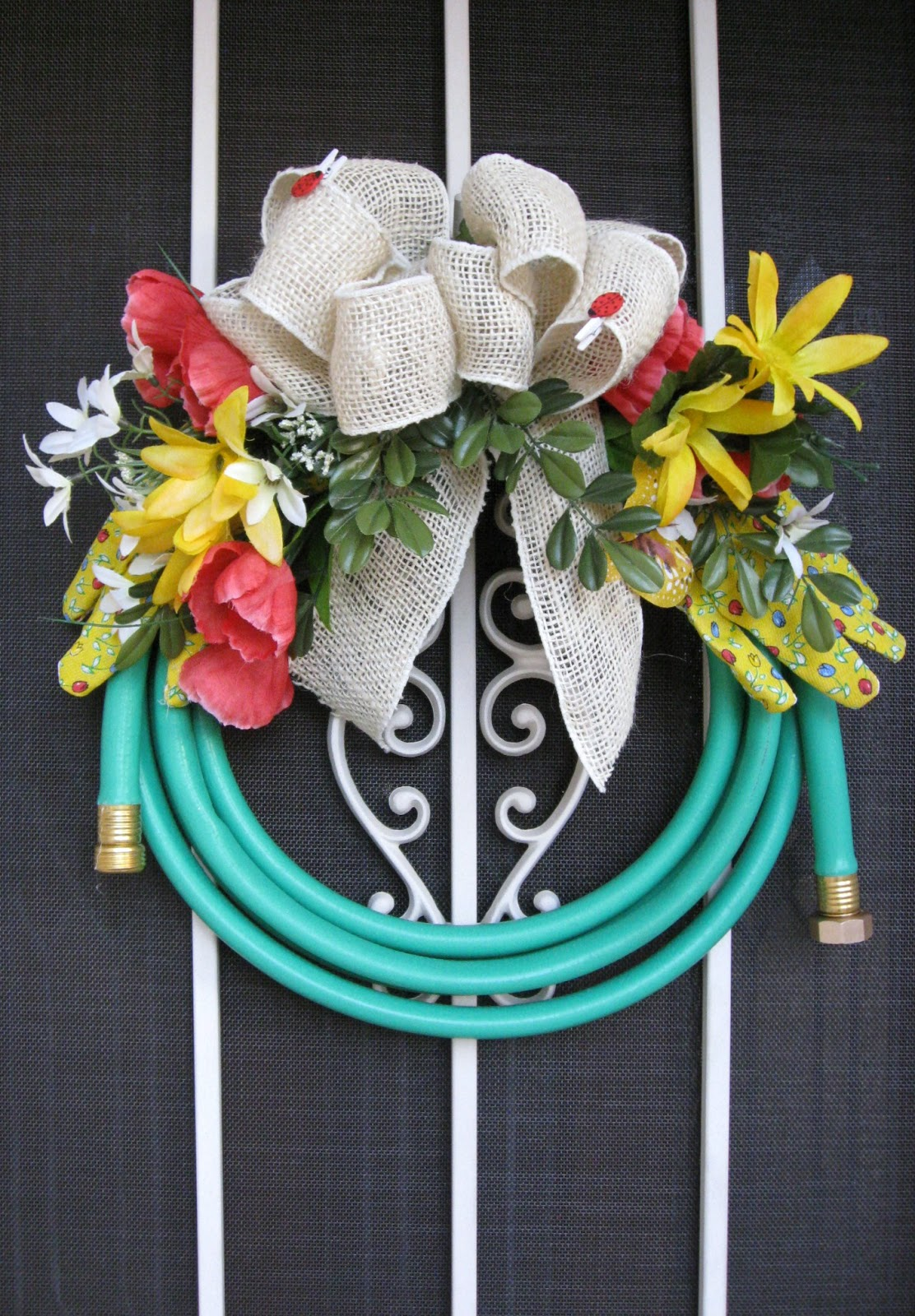 Unique DIY Wreaths Unexpected Wreath Crafts
