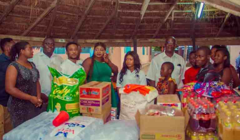 """Photos: Giving back to society, the """"Trigga"""" touch"""