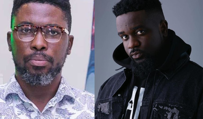 Let's forget this NPP NDC things – Sarkodie pledge to support Kwame A Plus