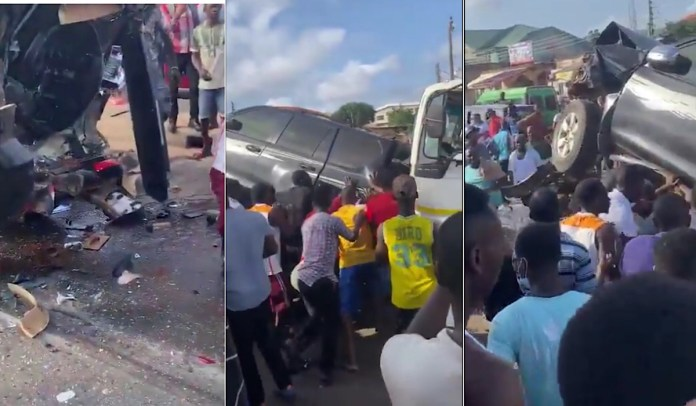 4 drivers dead whiles many passengers are trapped under the car in an accident on Awoshie road