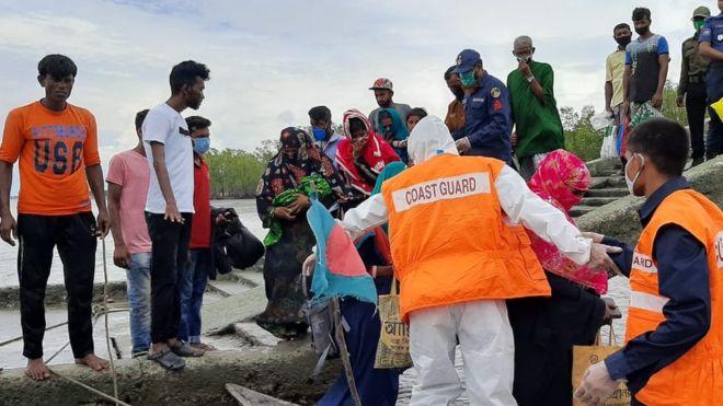 Millions evacuated ahead of super cyclone