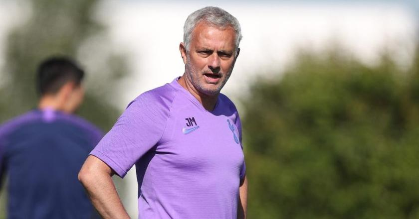 Mourinho does not expect to see 'crazy' transfers after virus