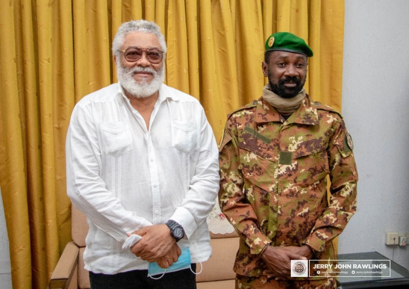 Rawlings receives Malian military leaders