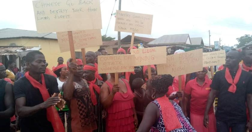 Residents of Sefwi-Anhwiaso demonstrate against Chinese illegal Mining activities