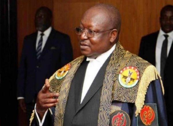 Parliament loses deputy clerk