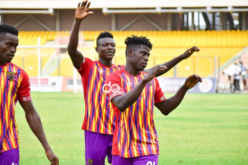 Victor Aidoo score two to give Hearts of Oak to victory over Dwarfs