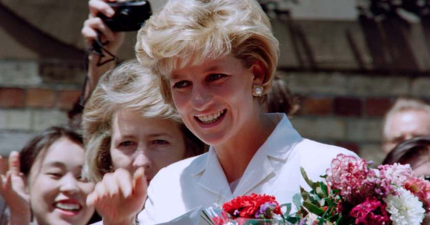 Princess Diana's hairstylist reveals the reason he cut her hair short