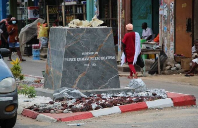 Daasebre Prof. Oti Boateng sued for failing to restore statue he demolished