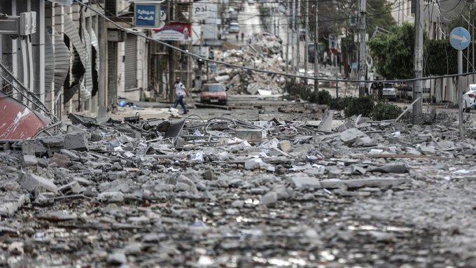 Israel targets militants, Gaza tunnels; ceasefire effort in high gear