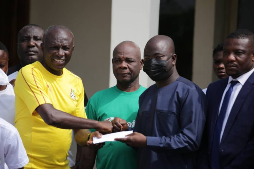 Vice President Bawumia supports Hasaacas Ladies ahead of CAF Champions league participation