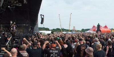 festival-crowd-4