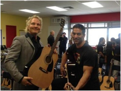 ADOPT THE ARTS founder Matt Sorum and ATA board member actor Johnathon Schaech at Westminster Elementary in Venice, CA.