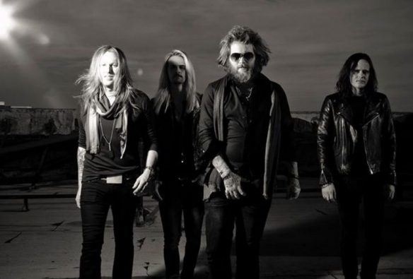We-Are-Harlot band 2015 roadrunner