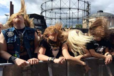 Fans headbanging, by Tuska Festival