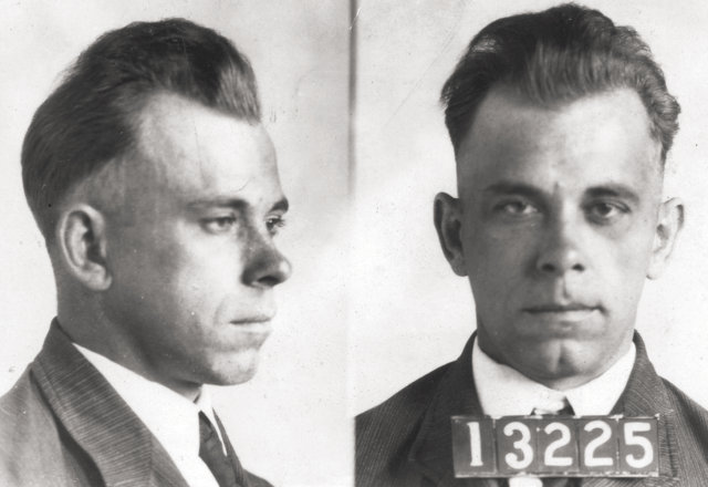 Dillinger Arrest Photo https://allthatsinteresting.com/john-dillinger