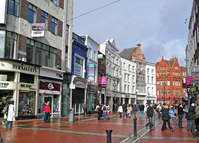 Grafton St. Dublin Ireland https://commons.wikimedia.org/wiki/File:Grafton_St,_Dublin.jpg