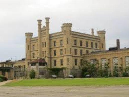 20130525 39 Joliet State Prison-2 https://commons.wikimedia.org/wiki/File:Joliet_State_Prison_(10045283735).jpg