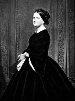 https://en.wikipedia.org/wiki/Mary_Todd_Lincoln#/media/File:Mary_Todd_Lincoln_colloidon_1860-65.jpg Mary Todd Lincoln 1960-65