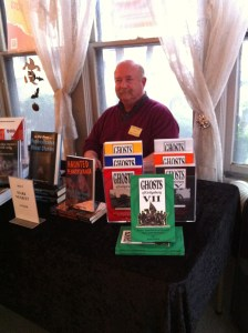 Signing at Ghosts of Gettysburg