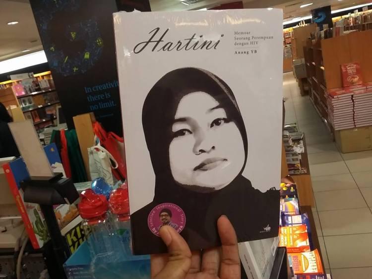 Hartini Memoar seorang perempuan dengan HIV