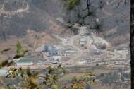 En 2008, el Ministerio de Energía y Minas otorgó una licencia de exploración al proyecto denominado El Escobal, de la empresa Minera San Rafael S.A., propiedad de Tahoe Resources. Actualmente estas son sus instalaciones