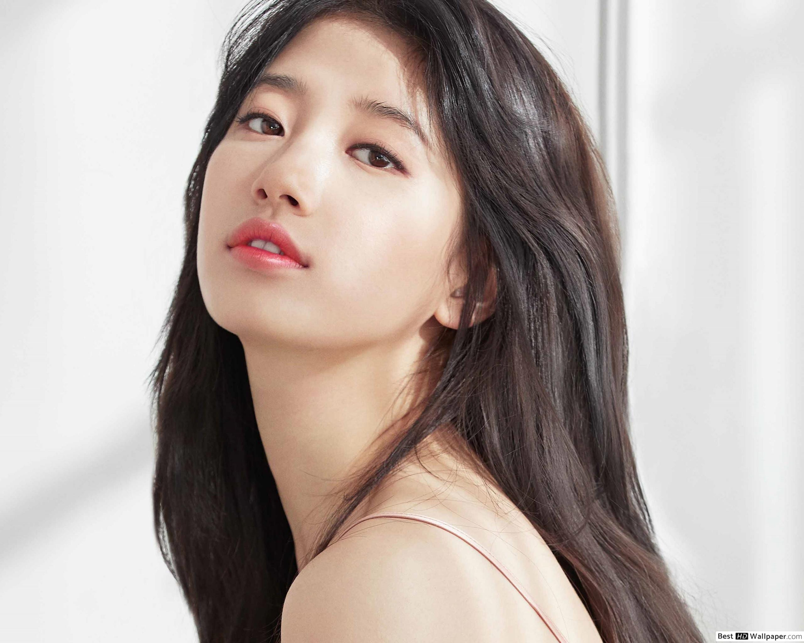 """Bae Suzy In Talks To Star In The Upcoming Series """"Second Anna"""" – Gia Allana"""