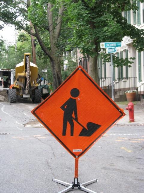 Orange Work Sign in front of 16 Washington Av - 30June2009