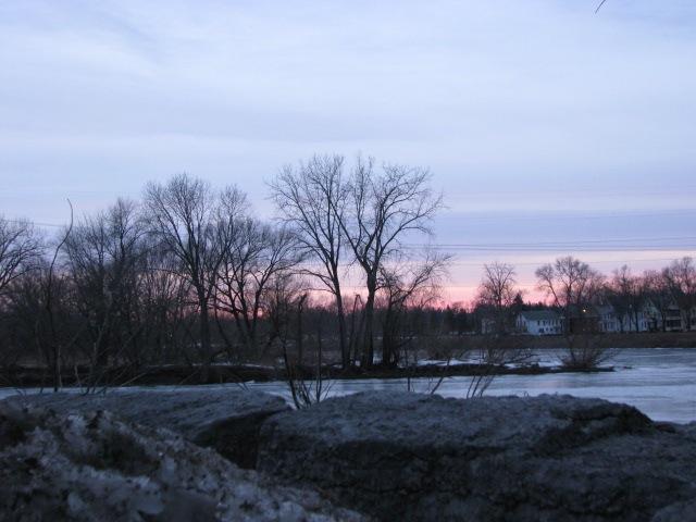 sunset from Washington Ave at Mohawk River - 1Mar09