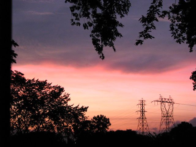 porch sunset as it enters its pink phase - 21Aug09