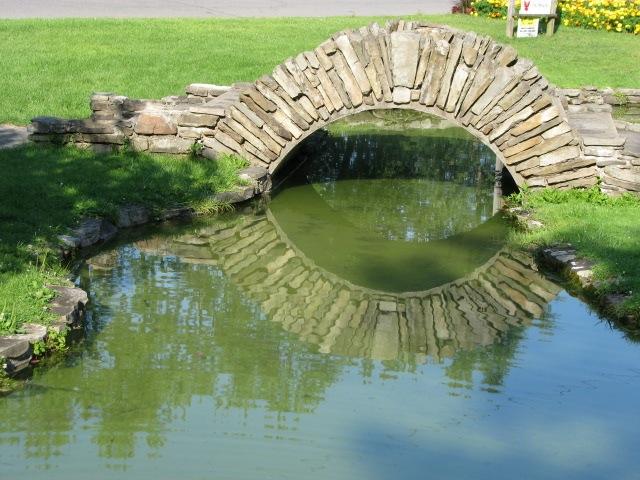 pond bridge - Central Park Rose Garden, Schenectady - 03Aug09