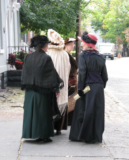 Walkabout 2009 - ladies in period dress on Front Street