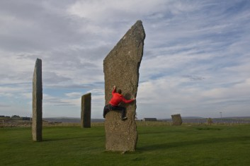 giro della scozia climb trek mountainspace giacomo longhi michele gusmini elisa broggi camp cassin dynastar racer orcadi skye arrampicata scotland greta molinari highland hoy (16)