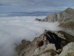 Grignetta segantini mare di nuvole giacomo longhi michle gusmini marco ballerini magnaghi bivacco climb lecco forno della grigna camp mountainspace (1)