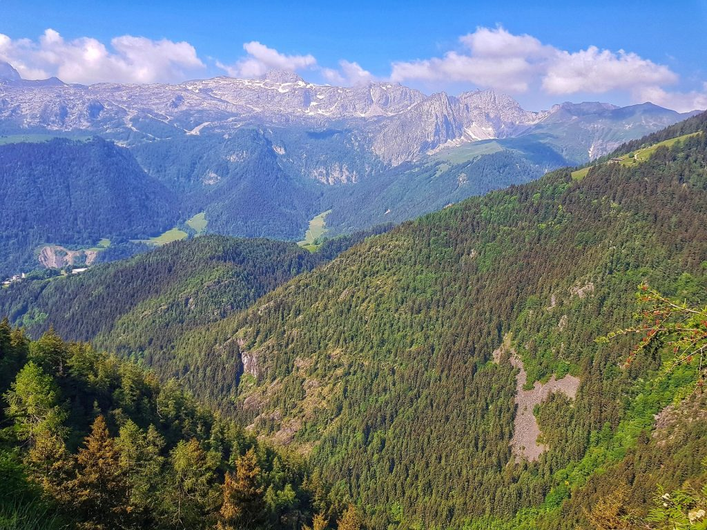 Panorama Diga del Gleno senriero 411