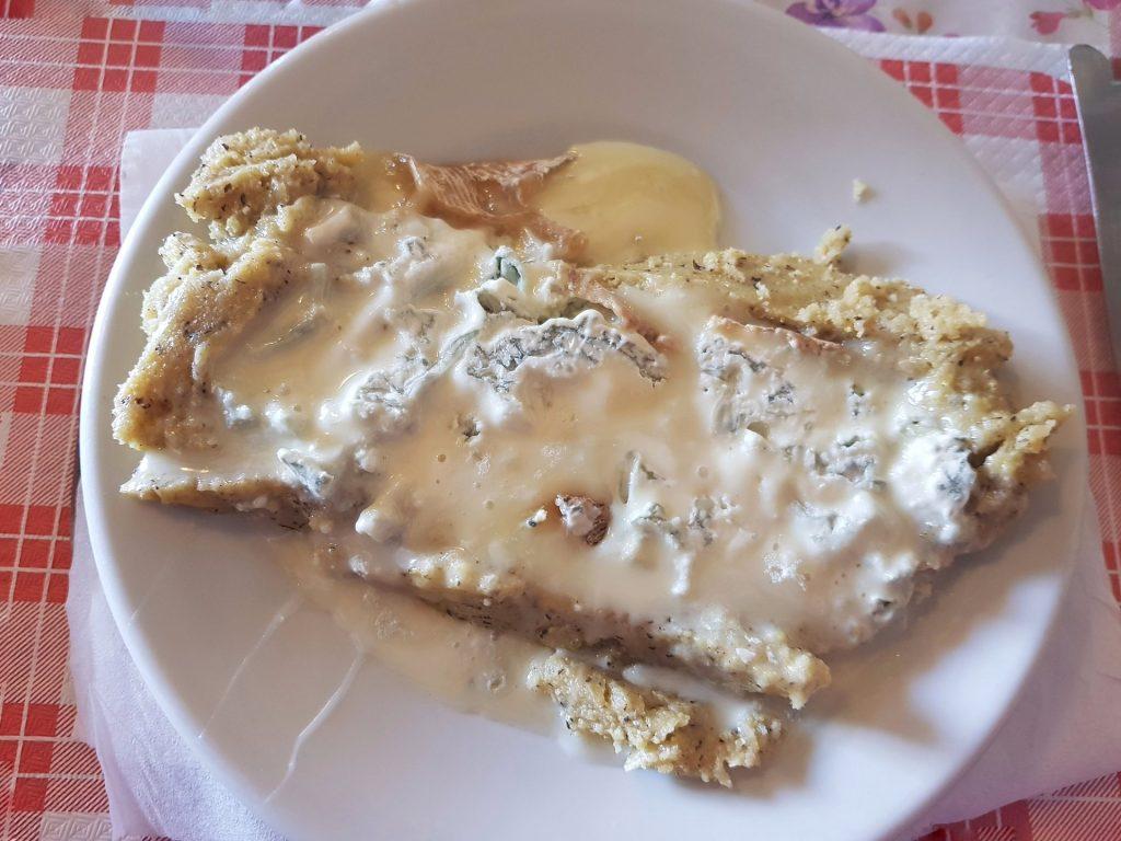 Polenta con Gorgonzola Fuso Rifugio Riella