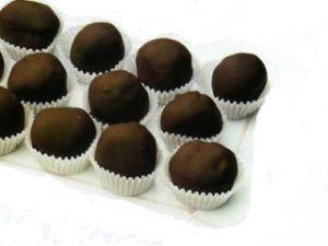 palline-di-gelato-ricoperte-di-cioccolato