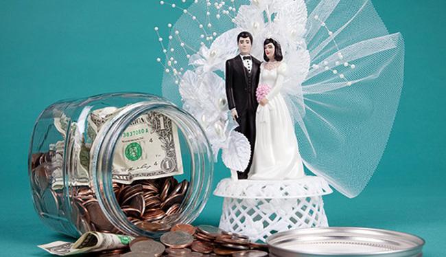 Giao toàn bộ tiền mừng cưới cho chồng đầu tư làm ăn, vợ trẻ bàng hoàng khi phát hiện ra sự thật - Ảnh 1.
